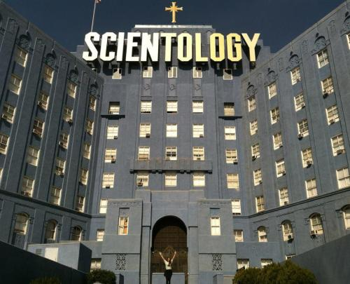 LA scientology building… just across the street from some of the best eggs benedict in the city. Located in a former hospital building just off Sunset. LOVING the font on the sign.