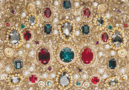 micaceous:  Dolce and Gabbana Jewel Clutch