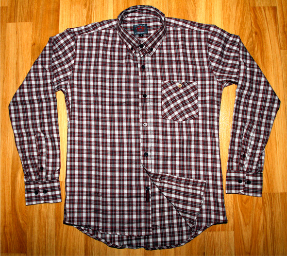 "[Left] ""Young Brown Flannel"" & [Right] ""Young Red Flannel"" size S,M,L,XL IDR 180k"