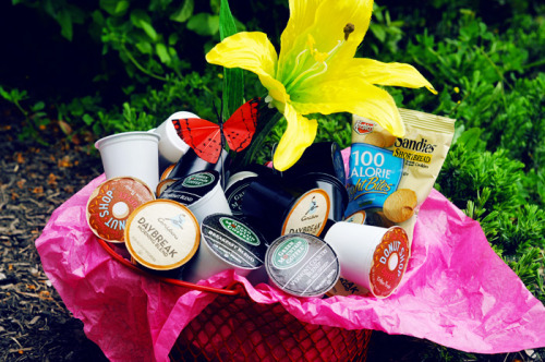 Try our awesome Mother's Day basket! Loads of k-cups, delicious snacks, a pleased mother—what more could you want?!