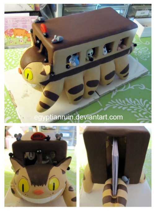 wondersofghibli:  Catbus business card holder!  There's a tiny No Face in there…so this post is not only cute, but it's also relevant. Lol. :3