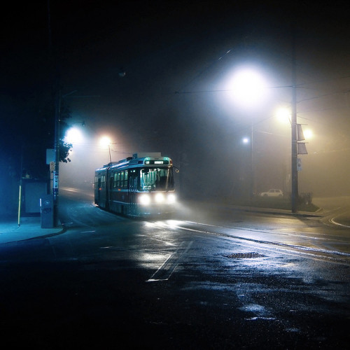 chadabramovich:  midnight tram to humber by uwajedi on Flickr.