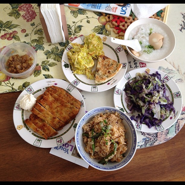 Made #lunch for the #grandma, #9veg with #egg, #salted #pork #congee #cabbage, left over #porkcutlet, #xo #friedrice #scallion #pancake  (Taken with instagram)