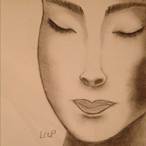 The nose tho'… #Drawing #Geisha #Pencil #Training #Portrait (Pris avec instagram)