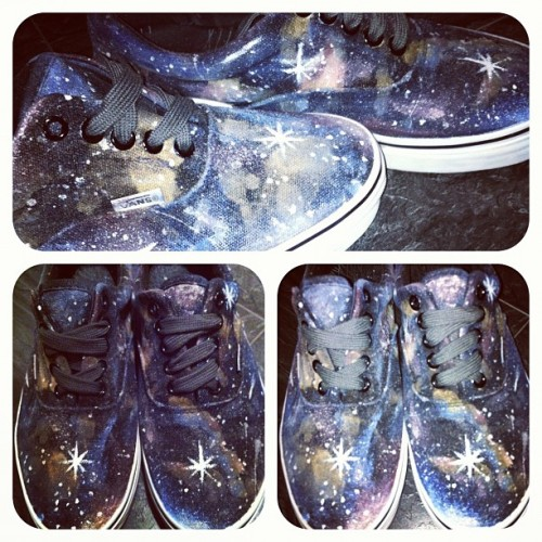 #galaxy #vans #galaxyvans  (Taken with instagram)