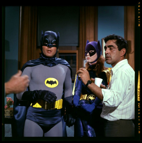 heyoscarwilde:  behind the scenes on Batman via harald-haefker