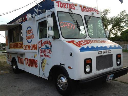 The Truck That Started It All We have a tradition at Sweb: Every Friday, we all take a break from the awesome web, mobile, and social work we do, and the entire team sits down to eat lunch together. Our absolute favorite spot is El Tacomiendo, the taco truck-in-residence at Artpace. We still haven't figured out what's more enticing - the owner, Alma's warm, friendly customer service, or her husband's incredible food. From al pastor (which, according to our resident taco expert, Tirso, is the best in San Antonio) to carne guisada, we've loved every bite! Our mouths are watering just thinking about it. Stop by, and tell Alma Sweb sent you: Fridays at Artpace. 12-2