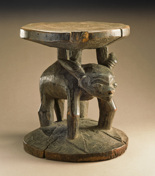 Stool Kwilu, 20th century The Los Angeles County Museum of Art