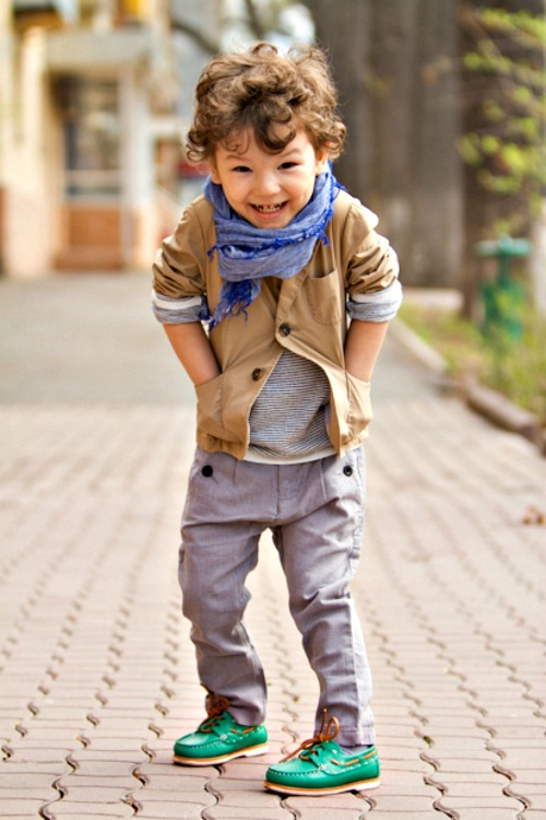 Vale um sorriso???  what-do-i-wear:  nothing sweeter then a well dressed boy.