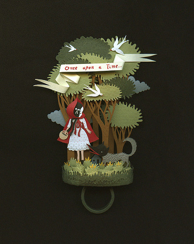 carnetimaginaire:  Little Red riding Hood. A paper ring. (by Elsita (Elsa Mora))