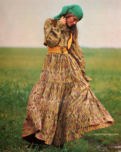 Yes. We love vintage!   Vogue Pattern Book - April/May 1971   [via myvintagevogue.tumblr.com]