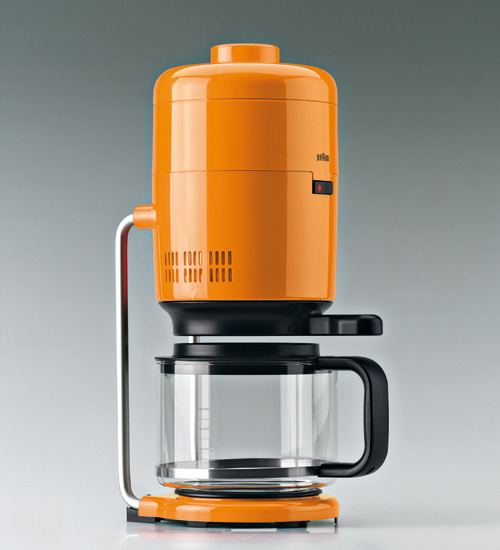 Braun Orange Coffeemaker Who says all coffee makers have to be boring neutral colors? Inject some life into your kitchen with this bold orange coffeemaker by Braun. The color alone might wake you up every morning. (Via Surplus)