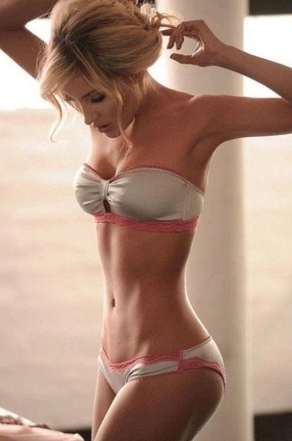 perfect body! so jealous!!!