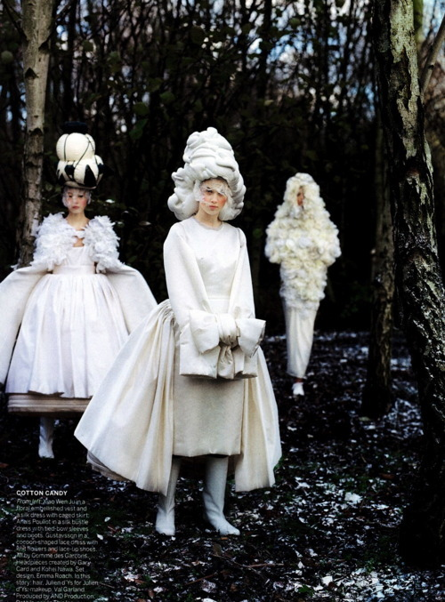 Tim Walker pour Vogue, May 2012