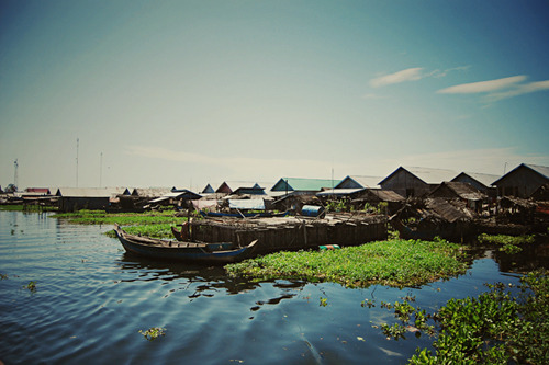 cornersoftheworld:  Tonle Sap, Cambodia Submitted by: Yayam Otarra