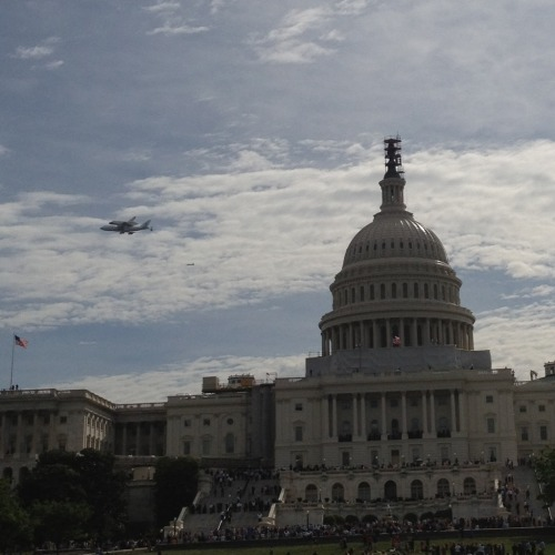 The Space Shuttle Discovery, chillin' over the Capitol. The shuttle, decommissioned last year after a long career with many miles logged, is flying to the Smithsonian National Air and Space Museum to become a part of it. (shot by @DaveStroup, ht @ProducerMatthew)