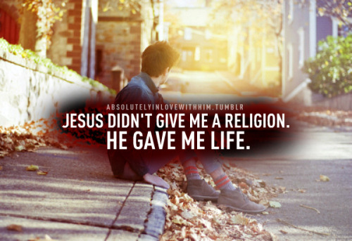 He made me dead to sin and alive in Him!