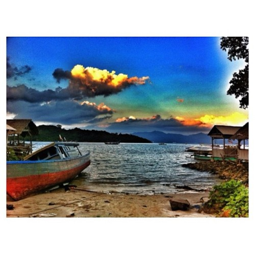 Senja #lampung #FF #traveling #beach (Taken with instagram)