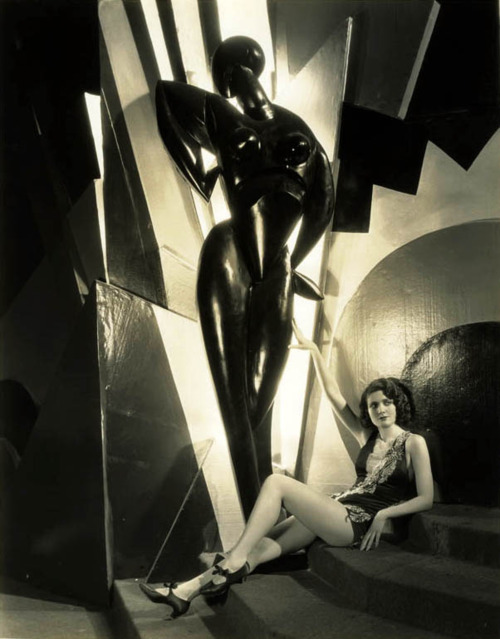 Merna Kennedy 1929 - Photo by Ray Jones via cosmosonic: