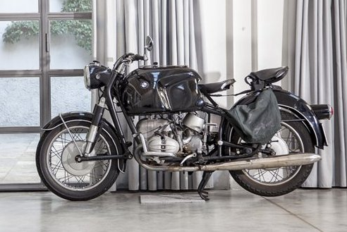 i knew there was a reasoni liked designer tom dixon. bike now owned by milanese architect and designer fabio novembre http://www.nowness.com/day/2012/3/21/1855 (via ok los angeles)