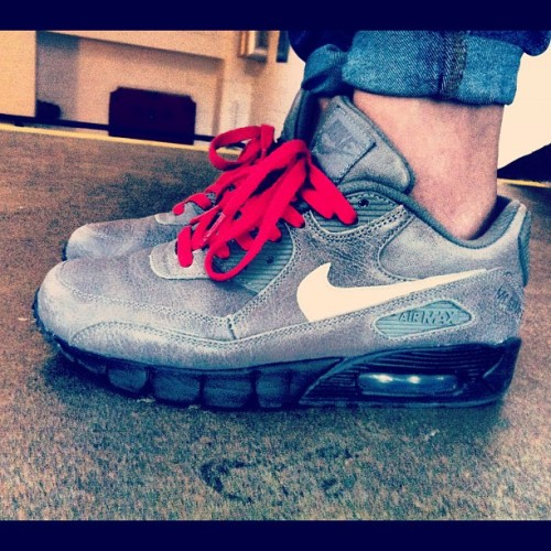 My favourite beaters. @NIKEiD. Air Max 90, current sole, grey boot leather, red lace. Lipstick to match. #nike #NIKEiD #todayskicks #todayimwearing #airmax90 #airmaxrevolution #barehashtags #DCFORLIFE #sneakers #trainers #kicks #smallfeet #chicksinkicks I'm hungry… (Taken with Instagram at NikeiD @ Niketown London)