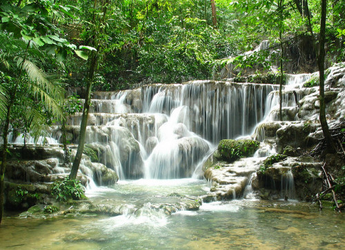 sapphire1707:  Waterfall Palenque Mexico one of my favorites by zoutedrop on Flickr.