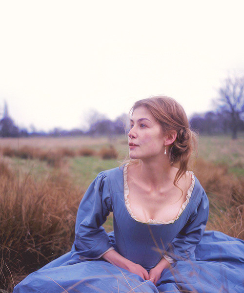 seabois:  Filming Pride & Prejudice was a joy and made for one of my happiest summers ever. It could well be that the story brings out the best in people - and it sounds so cheesy, but we really did behave like a family…we picnicked, hung out in a beautiful country house and went swimming naked in a lake. It was idyllic.