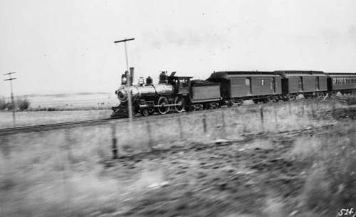 Passenger Train of the Atchison, Topeka and Santa Fe Railway, ca. 1895 .