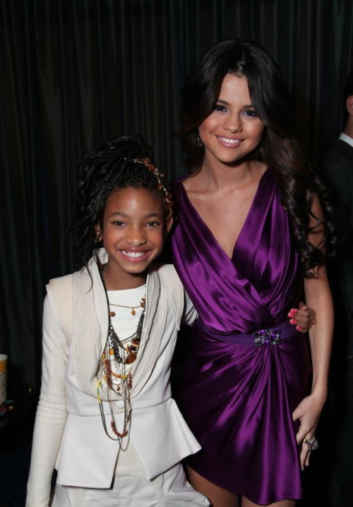 rare picture of Selena and Willow at 'Never Say Never' Premiere 2011