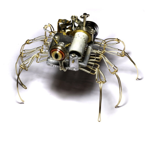 lizardtakesflight:  (via Steampunk Musical Spider Robot Sculpture with by CatherinetteRings)