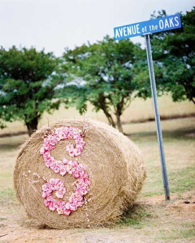 Love this! You could also do the bride and groom's initials :D