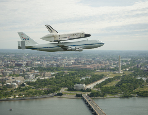 Space Shuttle Discovery DC Fly-Over (201204170012HQ) by nasa hq photo on Flickr.You don't see this everyday. In fact you will not ever see it again.