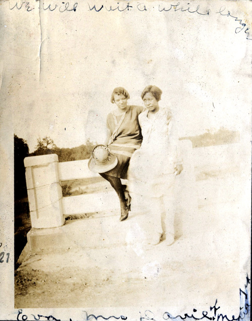 We will wait a while longer. Eva & Ms. Davie, Texas, 1927 [Ross Family Album] ©WaheedPhotoArchive, 2012