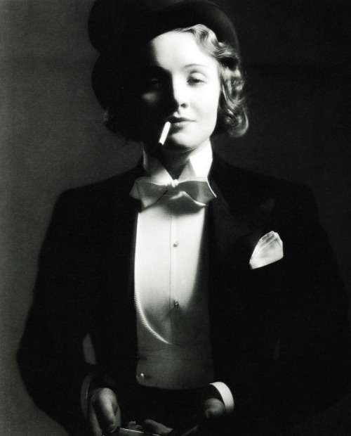 vintagegal:  Marlene Dietrich photographed by Eugene Robert Richee, 1930