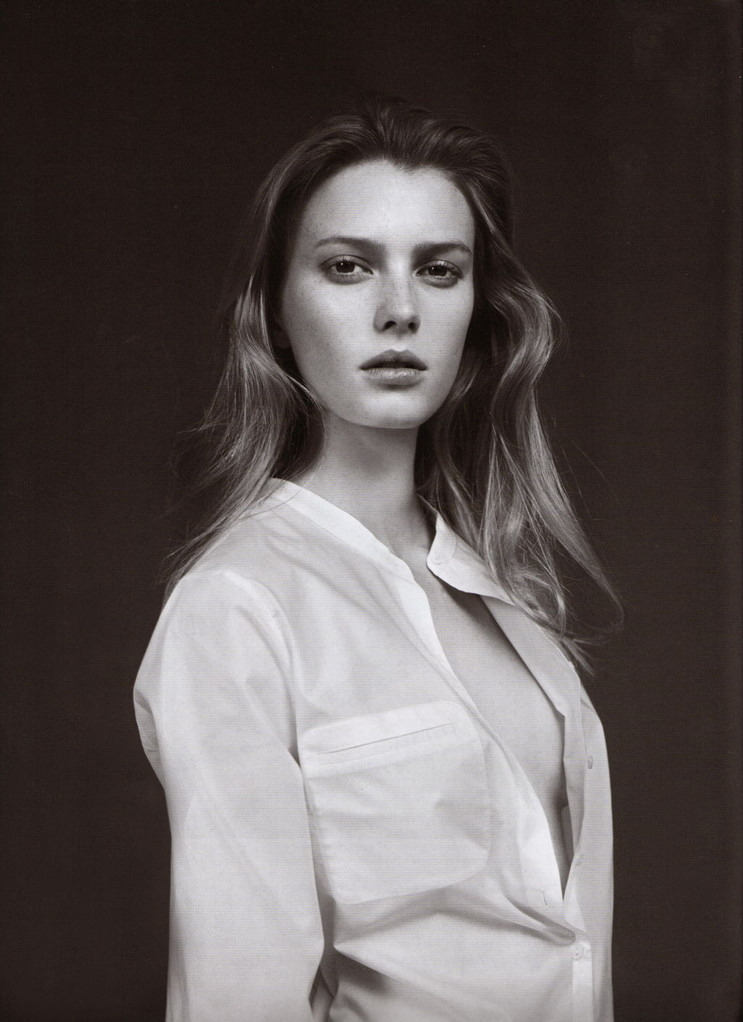 bienenkiste:  Sigrid Agren by Willy Vanderperre