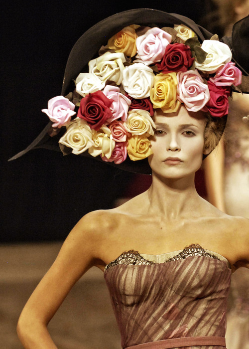 Natasha Poly at Alexander McQueen Spring 2007  Hats for Fall