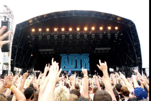 almosteasyxx:  A day to remember, they were amazing at soundwave :) !!  > Exactly how it was set out at Soundwave 2012 Adelaide, one of the best days of my life <3