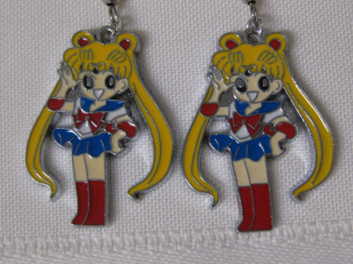 etsy-wishlist:  Sailor Moon earrings