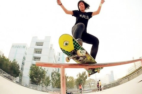 Chinese Girls skateboarding Psychos video – Go Psychos – Trailer: Please click here and get more info :Psychos and here is the facebook page GIRLS SK8 IN CHINA and GCS – GIRL CAN SKATE ( girl skate group from HongKong ) Here is the trailer from the Chinese Female skateboarding team Psychos Psychos video trailer