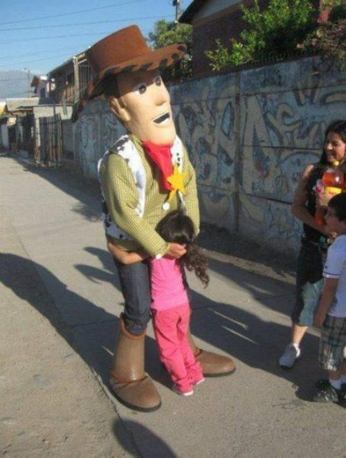 almaniac123:  Ahaha  Made in Chile… Woody ql pedofilo