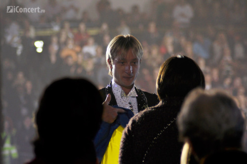 plutan:  Евгений Плющенко - официальный форум || Evgeni Plushenko - the official forum • View topic - Kings On Ice - Румыния || KOI Romania, Bucharest 07.04.2012