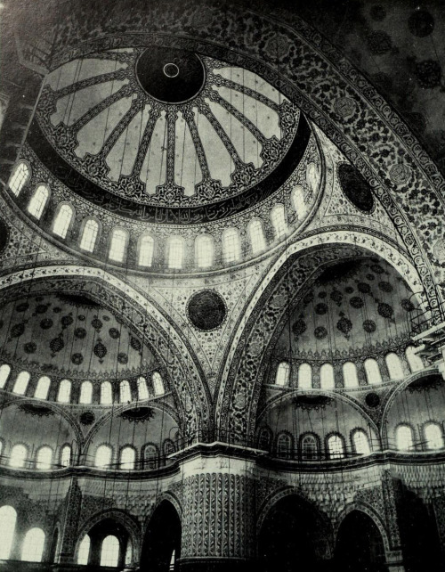 mirroir:  Inside the Mosque of Ahmed I, Istanbul