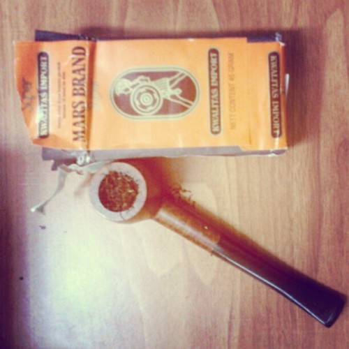 smoke pipe… #instandroid #instadroid #instadaily #vintage #pipe  (Taken with instagram)