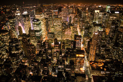 new-yorkcity:  New York at night. Click through for a larger version