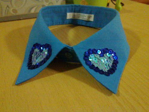 My DIY collar! :-) does it look nice? I will post the story behind this tmrw <3 :)