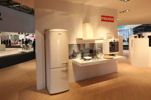 VINTAGE. Franke's well at Eurocucina reflects different lifestyle choices in the Kitchen. This personalised 'Vintage' selection sees a strong 50's retro inspiration for colour, style and design but offering the latest technology and function for the appliances.