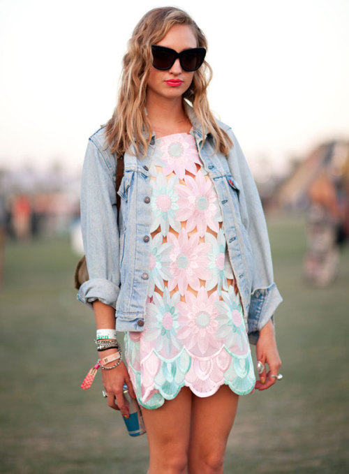 coachella fashion: 1 source:harpersbazaar