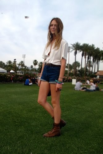 Coachella fashion: 4