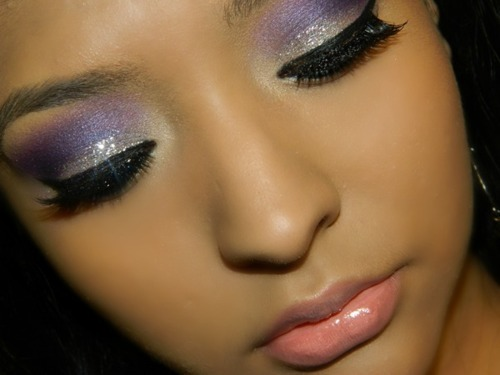 baileysbeautyblog:  Love her make up!  http://baileysbeautyblog.tumblr.com/