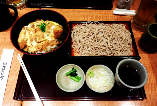 Another shot of the Tonkatsu soba set~